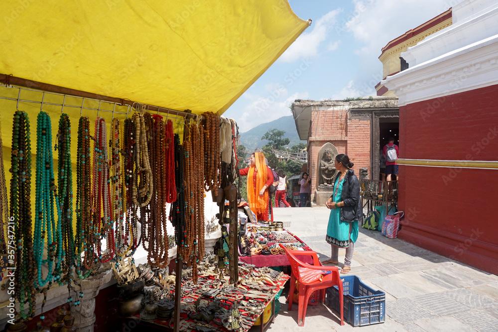 Fototapeta KI.ネパール:カトマンズ NEPAL:Kathmandu 日常の風景3 ひとり旅 スワヤンブナート仏塔