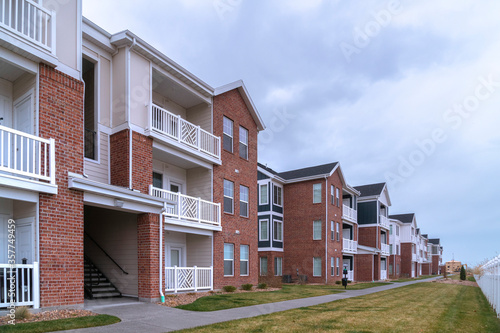 Vászonkép Large apartment complex in a receding view