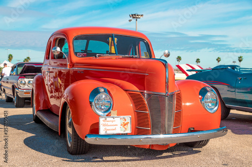 Daytona, Florida / United States - November 24, 2018: 1940 Ford Deluxe Coupe at the Fall 2018 Daytona Turkey Run фототапет
