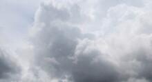 Cielo E Nuvole In Estate - Paradiso