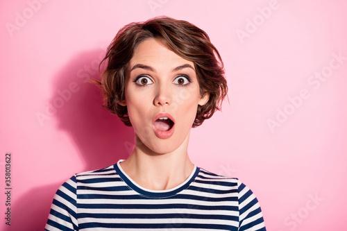 Valokuvatapetti Portrait of astonished crazy girl hear novelty impressed scream shout wear good