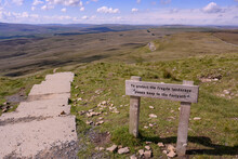 Keep To The Footpath, Pen-y-ghent