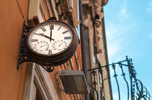 Old Style Street Clock At 10 A...