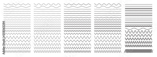 Set of wavy zigzag horizontal lines Tablou Canvas