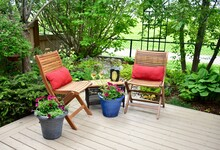 Outdoor Patio Seating In Beaut...