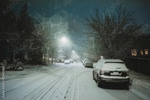 Snow night 2020 in WA, USA - 358429865