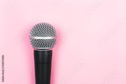 Foto ASMR, karaoke, singing, voice recording concept