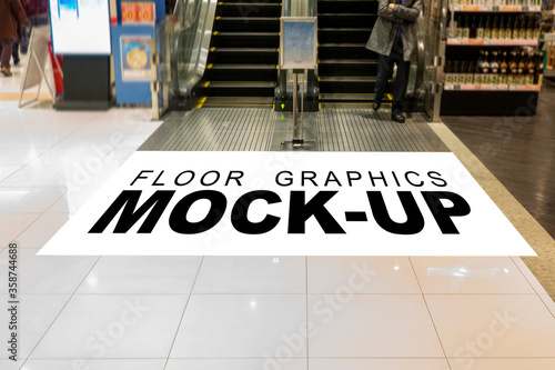 Mock up graphic space on floor in shopping mall Fototapet