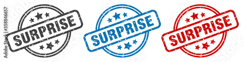 surprise stamp. surprise round isolated sign. surprise label set Fototapet
