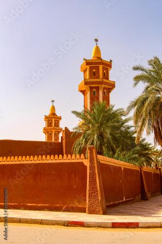 Red architecture of Timimoun, Adrar Province, south-central Algeria Canvas Print