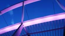 Kolorowa Konstrukcja Dachu Sta...