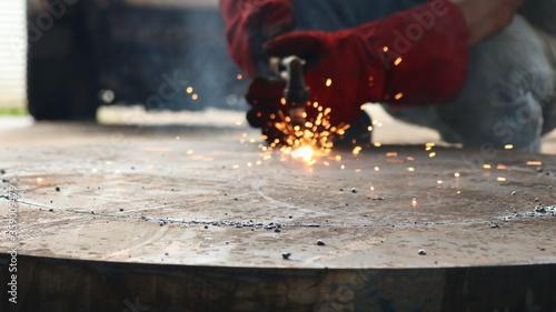 Obraz na plátně worker melting welding metal industry oxyacetilene