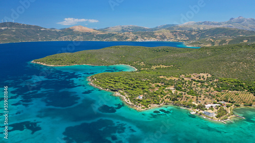 Fotomural Aerial drone photo of beautiful paradise island complex in gulf of of Petalioi o