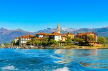 It's Isola Pescatori (Fisherme...