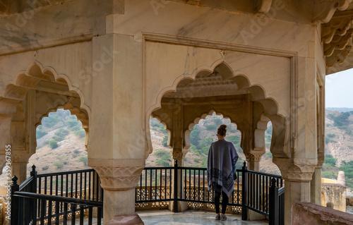Fotografija Jaipur, Rajasthan, India; Feb, 2020 : a female caucasian tourist enjoying the vi