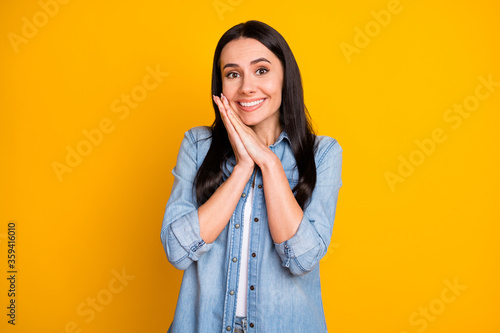 Portrait of astonished cheerful girl hear wonderful long waited present news imp Canvas-taulu