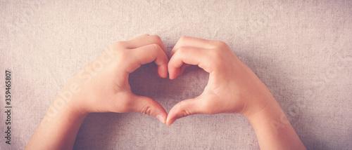 Valokuva coração coramão heart coração feito com as mãos em sinal de carinho