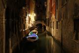 Wenecja nocą.