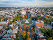Fall Over Monument Avenue In R...