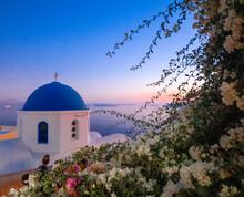 Santorini's Magic And Romantic...