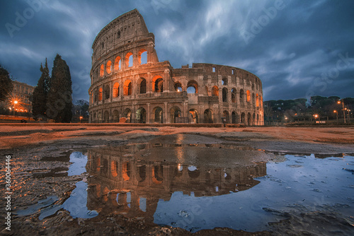 colosseum in rome italy Fototapete