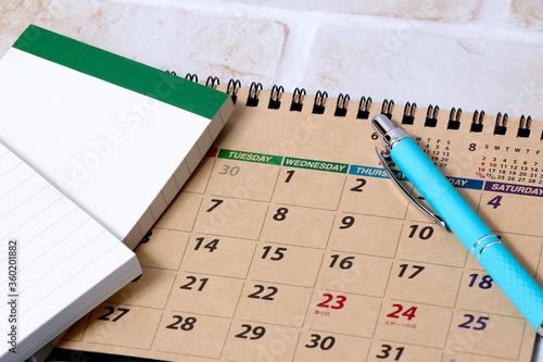 Photo カレンダー、文具、ボールペン、ノート、暦、文房具、ペン、メモ、メモ帳、学校、仕事、ビジネス、管理、年月日、タイム、時間、diary、ダイアリー、オフィス、予定
