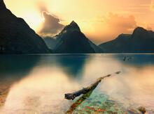 Mitre Peak, Milford Sound, Sou...