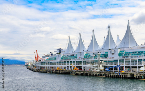 Fotografie, Tablou Canada Place Five Sails In Downtown Vancouver Canada
