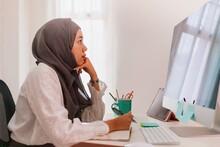 Asian Muslim Woman Student Or ...