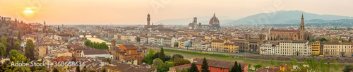 Foto Florence city downtown skyline cityscape of  Italy