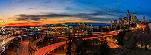 Seattle downtown skyline panorama at sunset from Dr Canvas Print