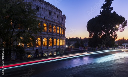 Fotografia, Obraz Long exposure shot at Oppian Hill Park with Colosseum in Rome, Italy