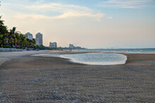 A View Of Hua Hin Beach At Sun...