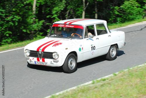 Alfa Romeo Giulia, Belrina, Vintageitlaina Limousine
