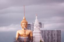June 2020 Bangkok Thailand Giant Golden Buddha Under Construction Change Skyline In Bangkok At Wat Paknam Temple In Phasi Charoen District Of Bangkok.