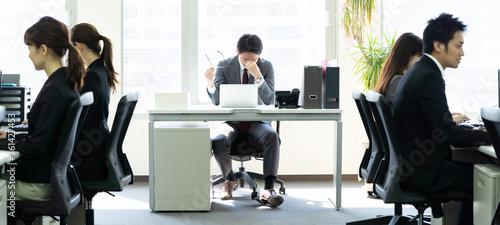 Obraz na plátně オフィスで働く人々