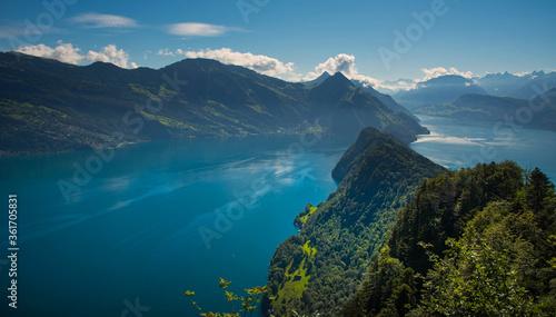 Photo Blick vom Bürgenstock auf den Vierwaldstätter See in der Schweiz