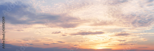 Fotomural Sunset clouds in the sky panoramic