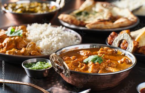 Canvas-taulu indian chicken tikka masala curry in balti dish