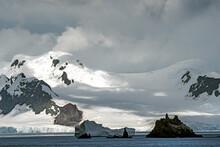 View Of Livingston Island (Smo...