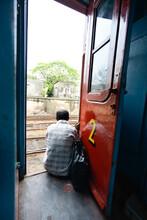 Porte Rouge D'un Ancien Train ...
