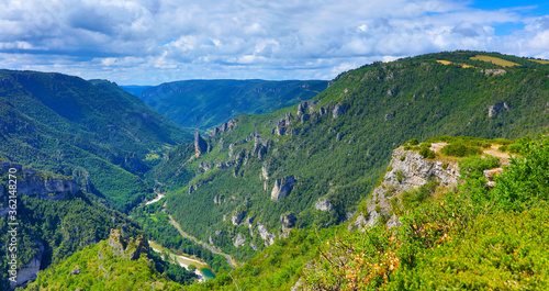 Cuadros en Lienzo Gorges du Tarn, Occitanie in France landscape