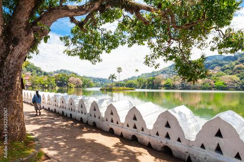 Obraz na plátně Kandy Lake, Sri Lanka