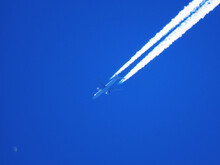 Conspiracy Theory - Chemtrails...