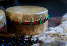 Hand-made Native American Shaman Drum Made Of Buffalo Hide With Beads And Fur