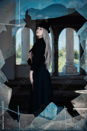 Fotografie, Tablou Perfect gothic atmosphere, inspiration dark victorian style, Halloween ideas for party