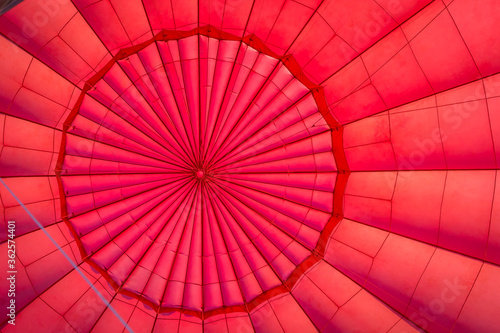 Canvastavla Low Angle View Of Hot Air Balloon