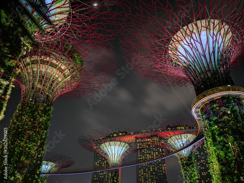 Canvas Print Low Angle View Of Illuminated Buildings Against Sky At Night