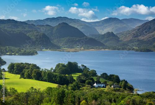 Obraz na płótnie Scenic View Of Mountains Against Sky