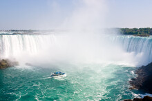 Boat And Horseshoe Falls From ...